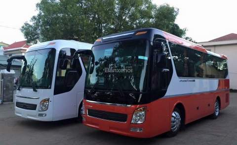 29 seats bus rental