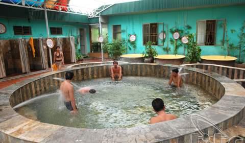 Hot mineral spring resort Tien Lang