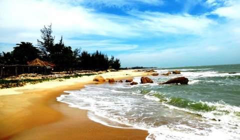 Ho Coc Beach