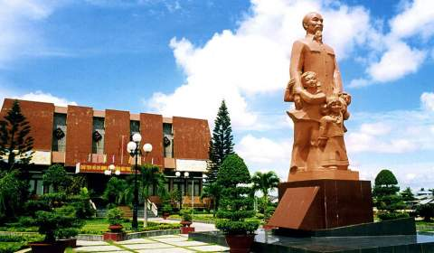 Duc Thanh School Monuments
