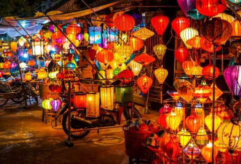 4 DAYS- 3 NIGHTS TOUR- MARBLE MOUNTAINS – HOI AN – CHAM ISLAND – BA NA HILLS – SON TRA PENINSULA